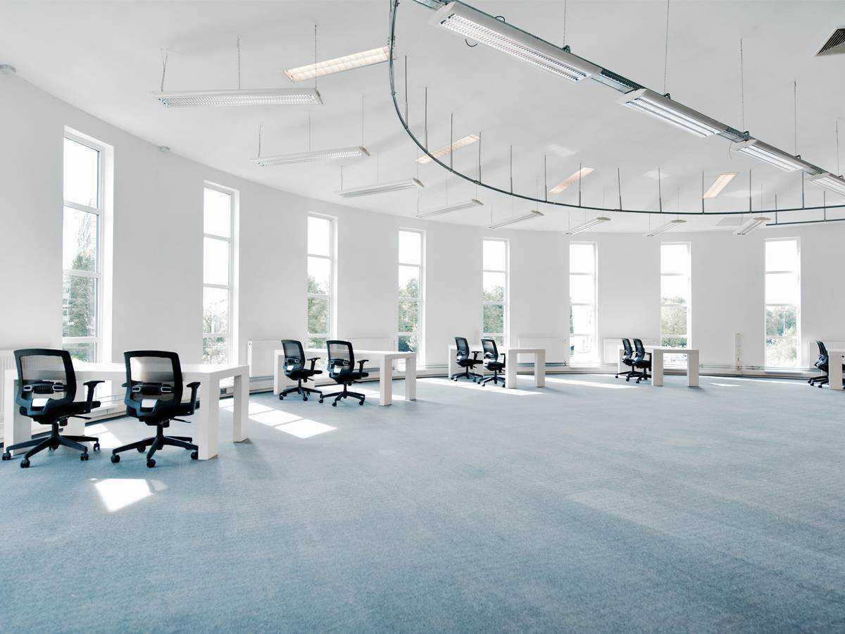 Grote kantoorruimte met werkplekken tot 40 personen Amsterdam Sloterdijk