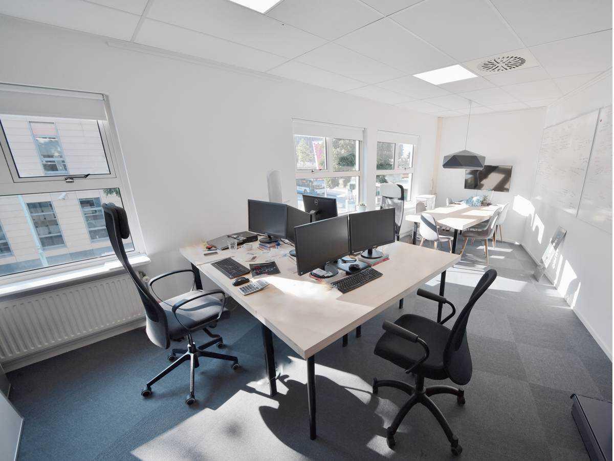 Kantoorruimte 14.2 gelegen op de eerste etage bij SamSam Offices Amsterdam